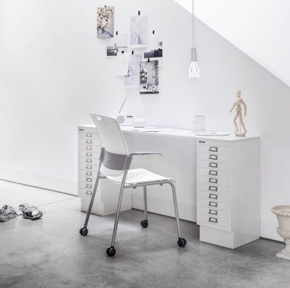 plumen office white